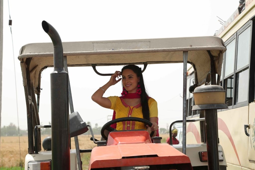 Deana Uppal in Punjabi Film
