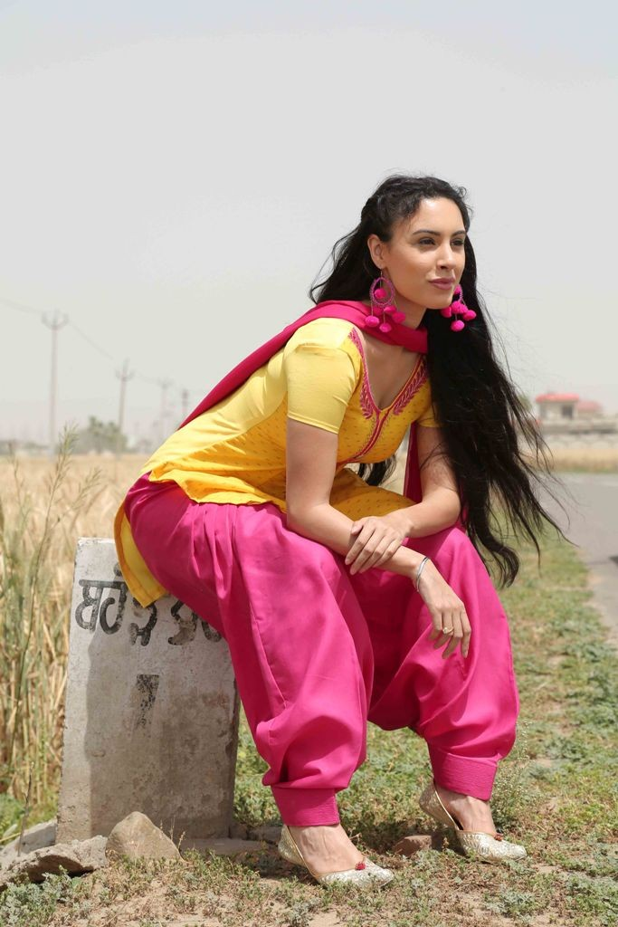 Deana Uppal in Punjabi Film Hard Kaur