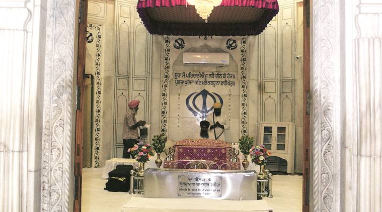 Canadian Gurdwaras Ban Entry
